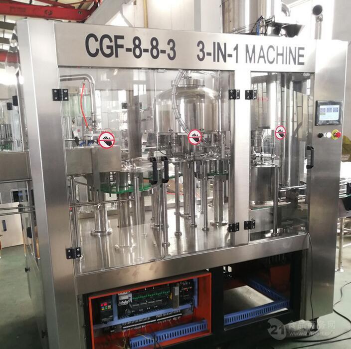 瓶装饮用水灌装机 CGF