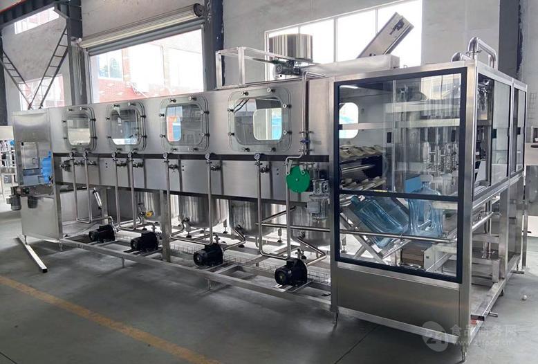 18.9L五加仑大桶水灌装机生产线