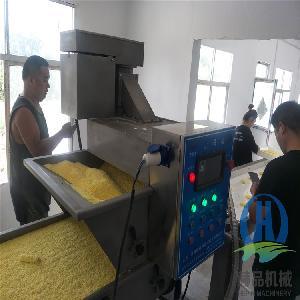 奶冻卷全自动裹糠机 糯米纸红豆派上糠机  糍粑裹糠机图片